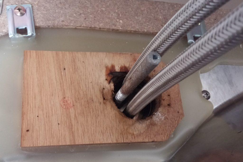 台所シングルレバー水漏れ写真