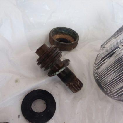 蛇口水漏れパッキン交換の写真
