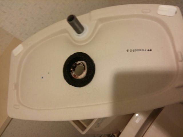 トイレ水漏れふたパッキンの写真