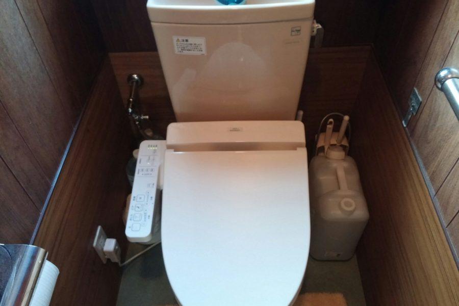 シャワートイレ交換の写真