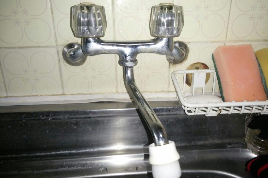 キッチン蛇口水漏れ修理の写真