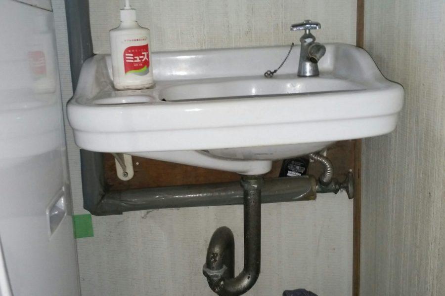 洗面所水漏れ修理の写真