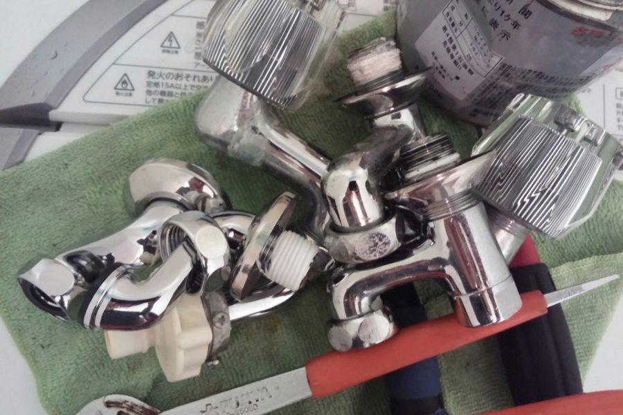 蛇口交換の写真
